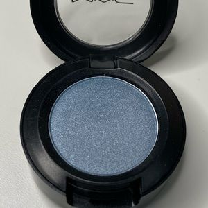 BUY 2 GET 1 FREE Mac Cosmetics eyeshadow